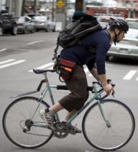 Курьер на велосипеде